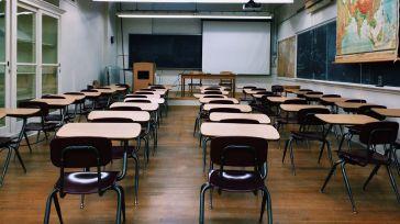 Comisiones Obreras exige la contratación de más profesores para el próximo curso en cumplimiento de la nueva normativa nacional