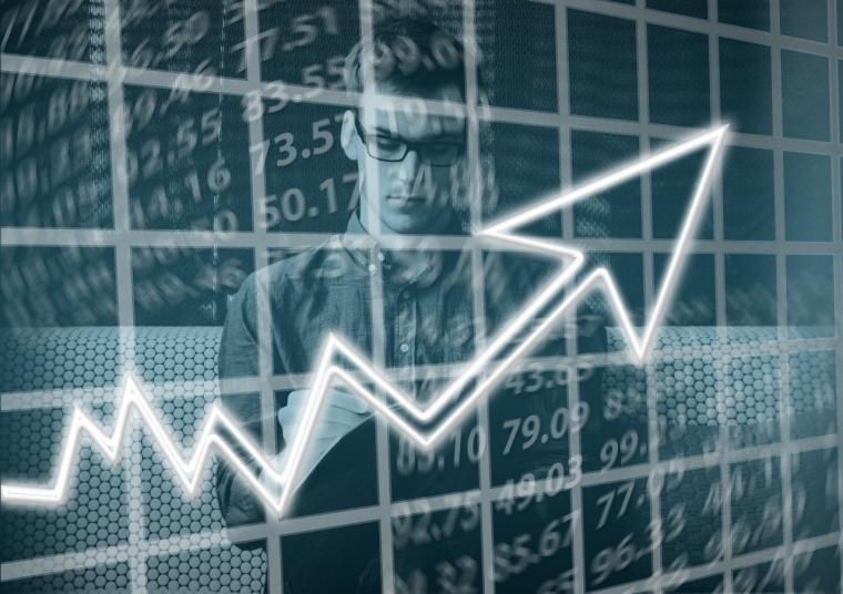 La creación de empresas en la región crece un 23,5% anual, pero baja en un 45% el capital que ponen en circulación