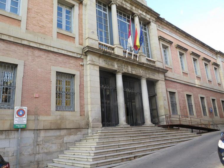 Castilla-La Mancha ha realizado en 2020 el mayor esfuerzo en gasto sociosanitario del conjunto de las comunidades autónomas para combatir el coronavirus, en relación con su renta